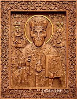 Николай Чдотворец, резная икона на дубовой цельноламельной доске - фото 8769